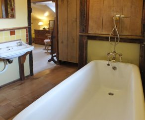 Bathroom, Harvest Cottage