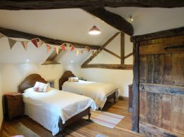 Twin room in the Byre Cottage