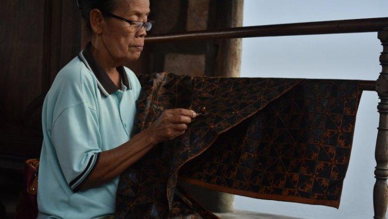 Begini lho Cara Merawat Batik Tulis
