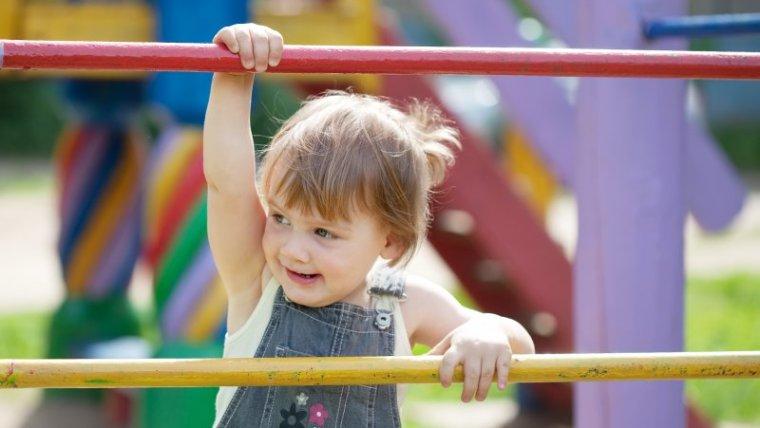 Cara Tepat Memilih Mainan Anak 1 Tahun