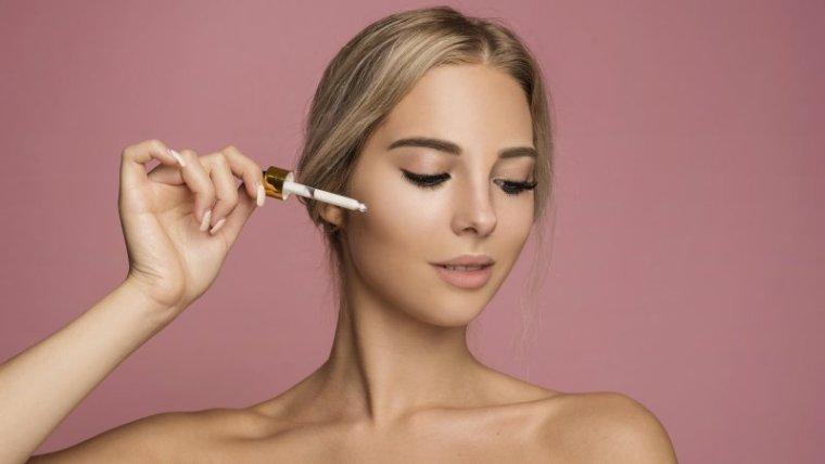 5 Kandungan Penting Kosmetik untuk Kulit Lebih Cerah