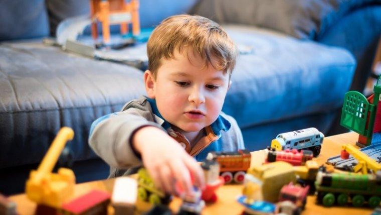 6 Mainan Edukasi untuk Anak Balita yang Aman