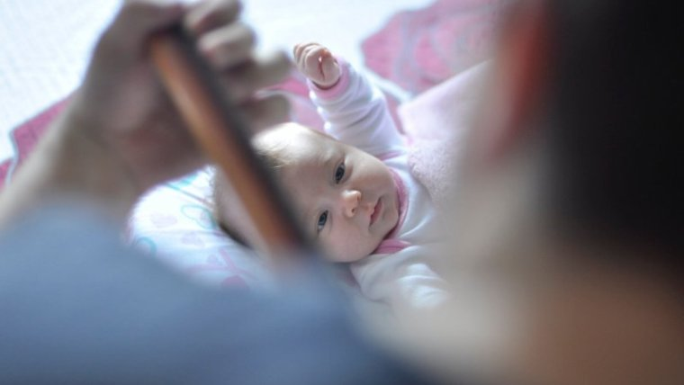 15 Inspirasi Nama Bayi Perempuan Modern dengan Makna yang Indah