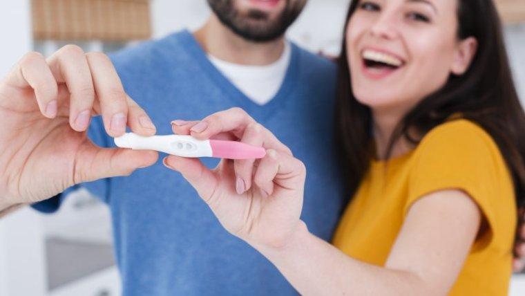 Moms Perlu Tahu! Usia Kehamilan Berapa Minggu Bisa Terdeteksi Test Pack