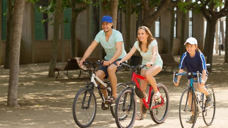 Cari Cara Mengurangi Berat Badan? Lakukan 7 Jenis Olahraga Ini