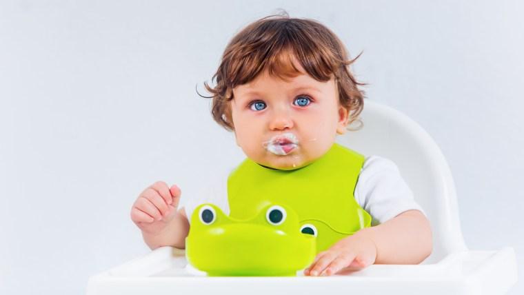 Makanan MPASI Bayi 6 Bulan Terbaik untuk Tumbuh Kembang si Kecil