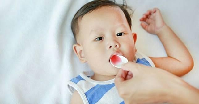 Ini yang Bisa Moms Lakukan, Cara Mengatasi Radang Tenggorokan Pada Bayi