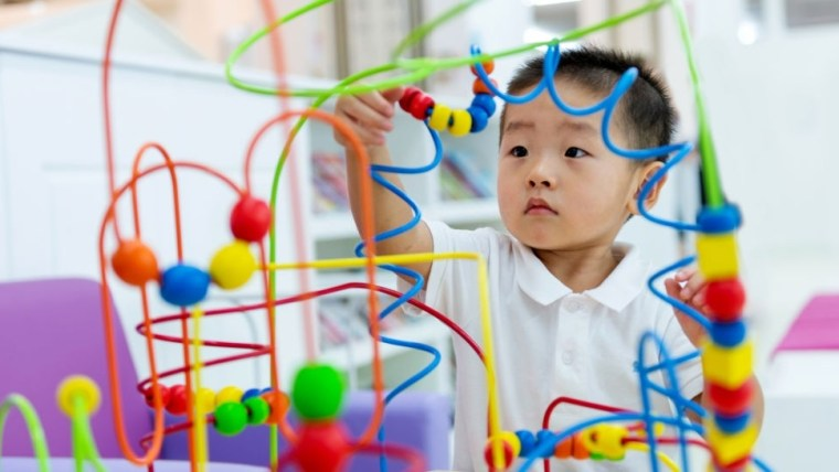WOW! Inilah 4 Tips dan Cara Mendidik Anak Usia 2 Tahun Agar Cerdas