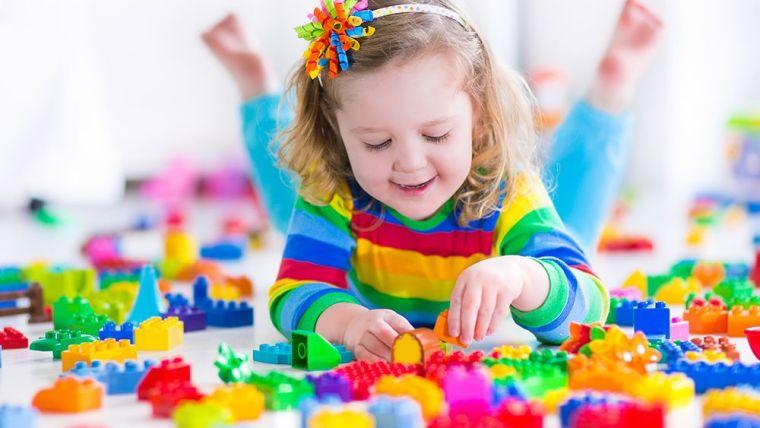 Jika Sayang Buah hati, Kunjungi Daftar Online Shop Mainan Edukasi Anak 2 Tahun Berikut