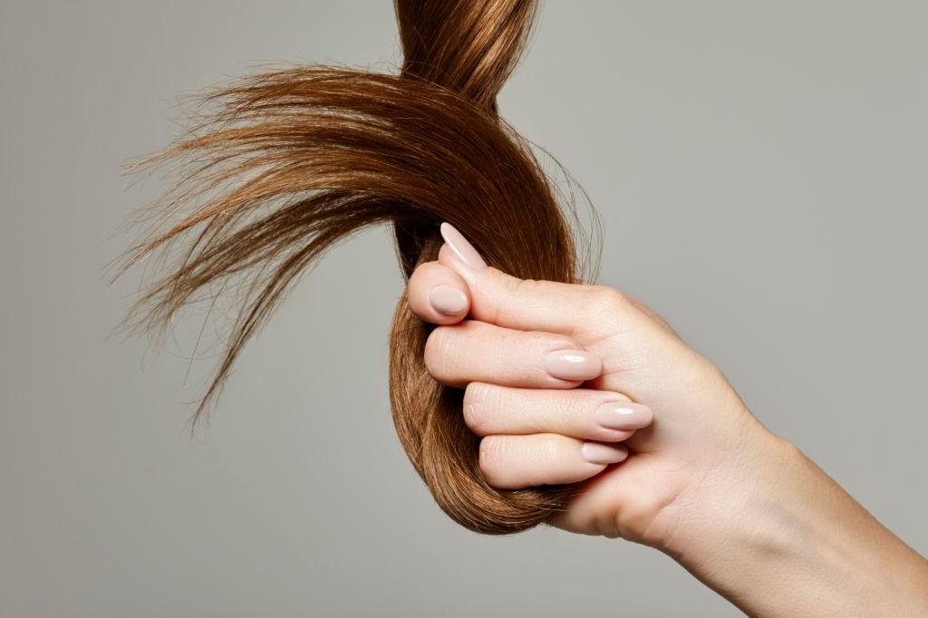 Baby Oil untuk Rambut