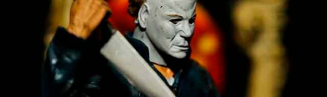 Michael Myers Movie Maniacs Series 2 Figure by McFarlane Toys (photo by Matt Artz for HalloweenDailyNews.com)