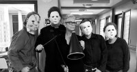 Jamie Lee Curtis and her 'Scream Queens' crew dressed as Michael Myers for Halloween 2016. (photo: Instagram)