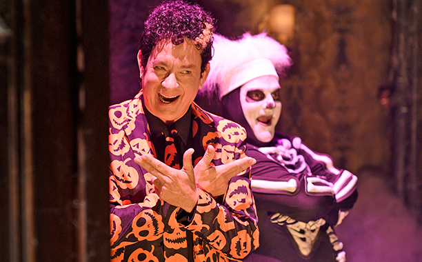 "SATURDAY NIGHT LIVE -- ""Tom Hanks"" Episode 1708 -- Pictured: (l-r) Tom Hanks as David Pumpkins and Bobby Moynihan during the ""Haunted Elevator"" sketch on October 22, 2016 -- (Photo by: Will Heath/NBC)"