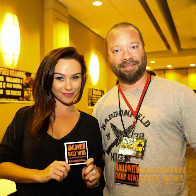 Danielle Harris with Halloween Daily News editor-in-chief Matt Artz.