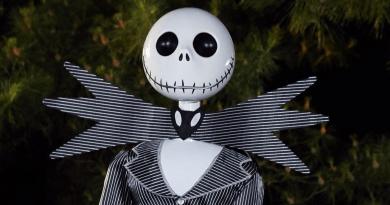 animatronic-jack-skellington-at-spirit-halloween