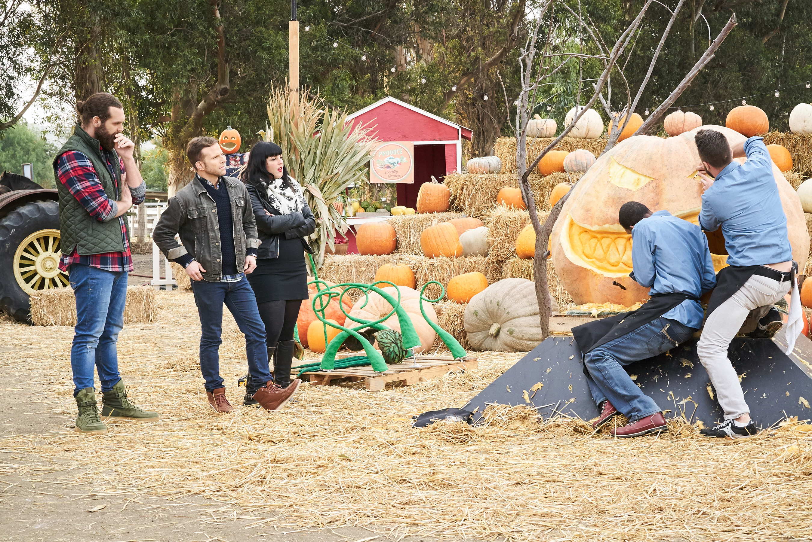 Food Network 'Halloween Wars' and 'Hayride of Horror' 2017 Details ...