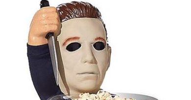 michael-myers-halloween-greeter-from-spirit-halloween