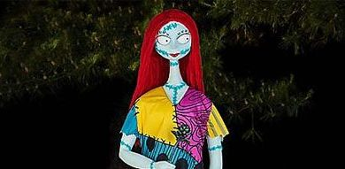 sally-nightmare-before-christmas-5ft-animatronic-from-spirit-halloween