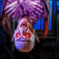 Spirit Halloween Reveals New Vampire Animatronic 2020 Bonus Release