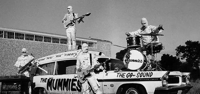 🎵 the Mummies Band 1