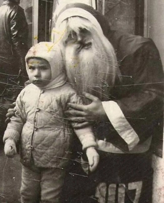 ? the 13 most Disturbing Santa Claus Photos on the Net ? 58