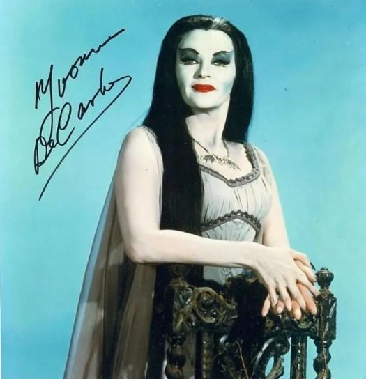 📷 Amazing Color Photos of Lily Munster, Yvonne De Carlo 7