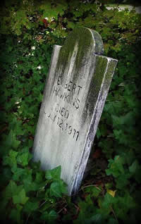Ghostly Gravestones Headstone 2