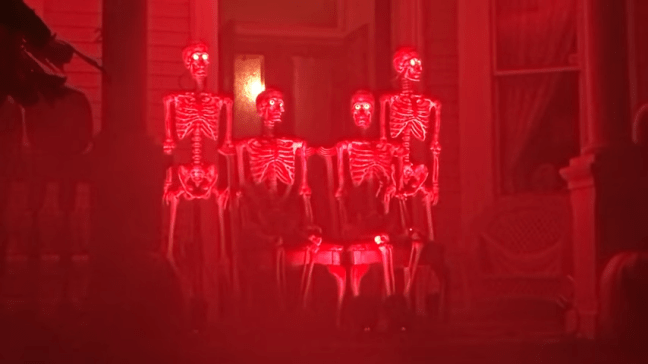 Ghost Manor Halloween Decorated House Show Skeleton Narrators