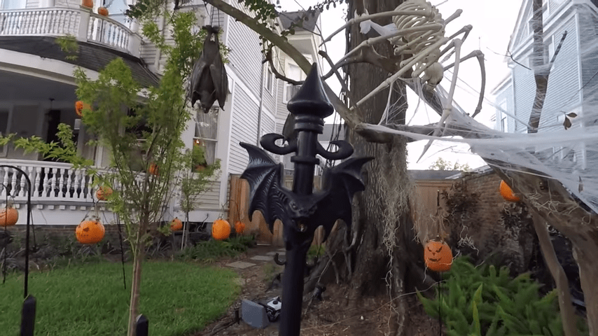 Ghost Manor Halloween Decorated House Show Fence Post