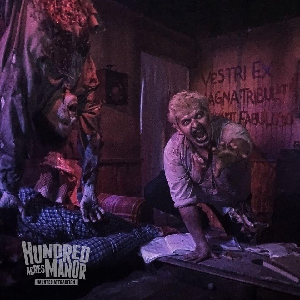 Hundred Acres Manor Haunted House Crawling Zombie