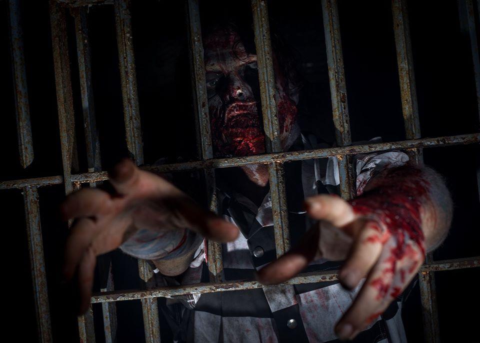 Blood Prison Ohio Haunted House Prisoner Attempted Escape