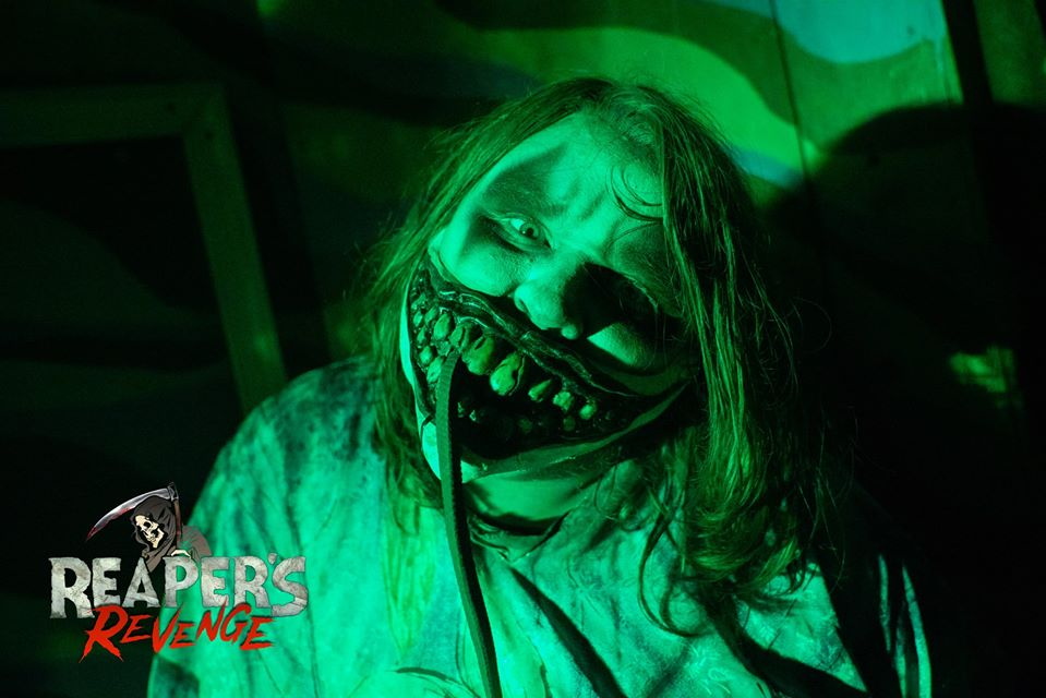 Reapers Revenge Pennsylvania Scariest Haunted House Creepy Doctor Actor