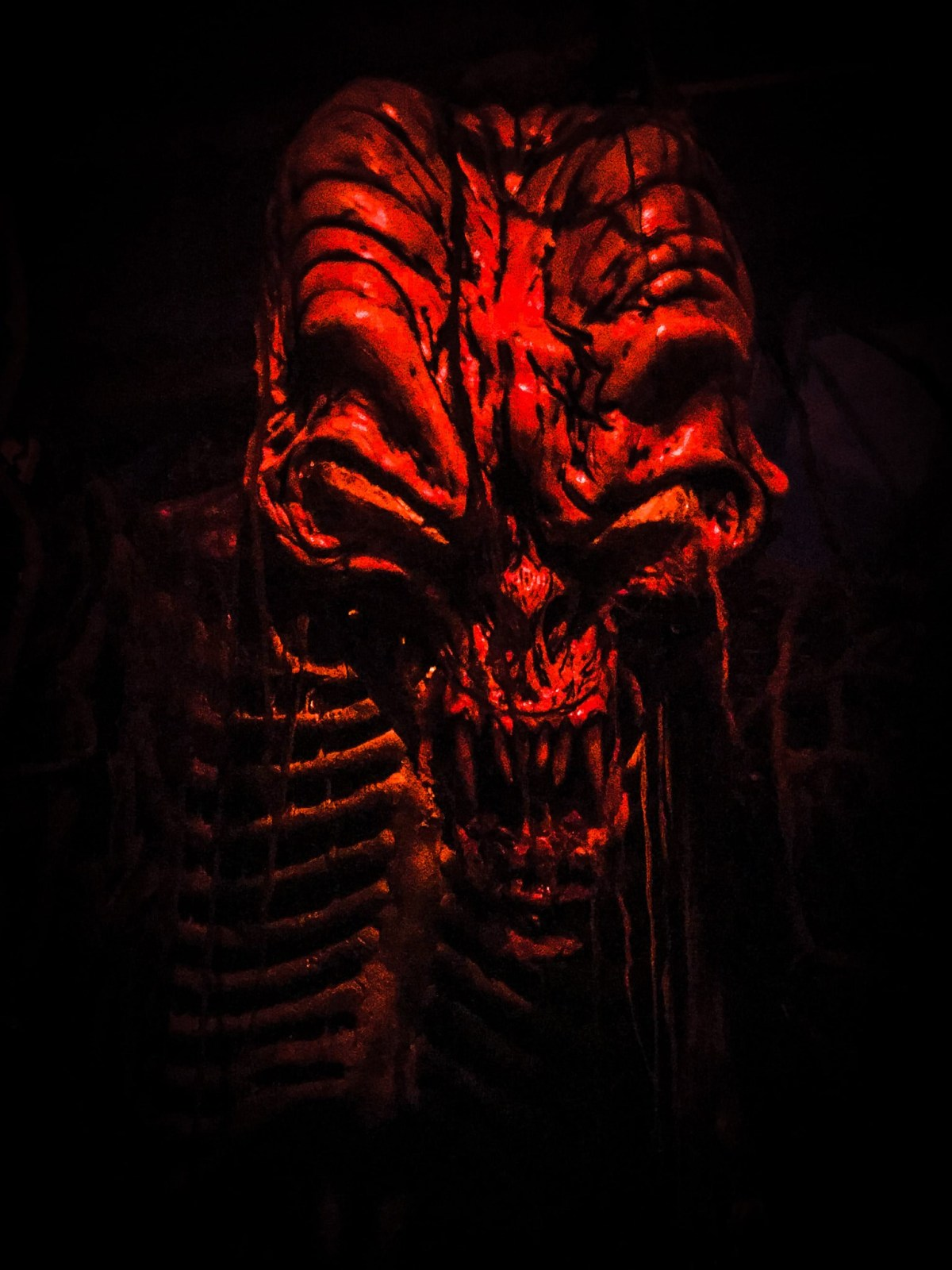 Containment Haunted House Skull Light