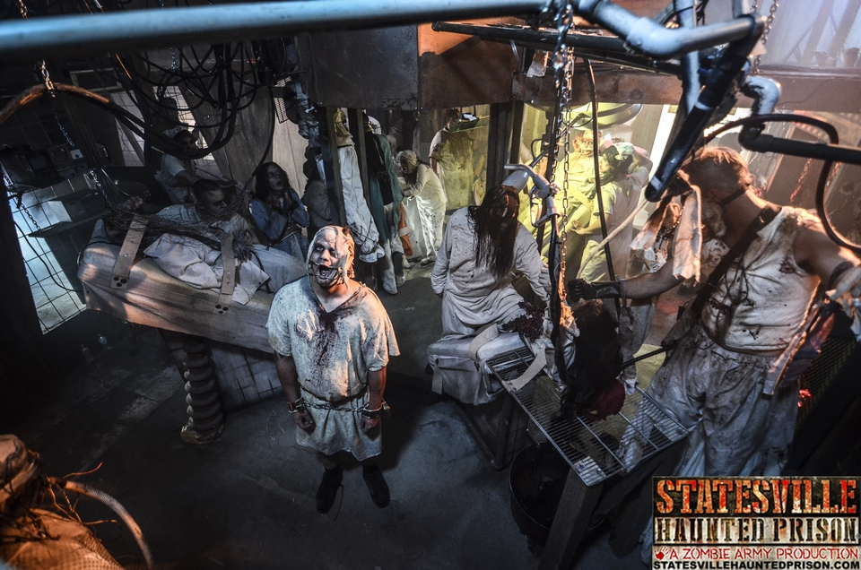 Statesville Haunted Prison Set Design