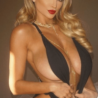 NSFW: Naturally Busty Woman Reveals Unfortunate Things Most People Don't Know About Big Boobs!