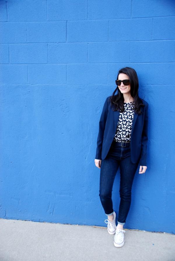 Jeans + Blazer - 7