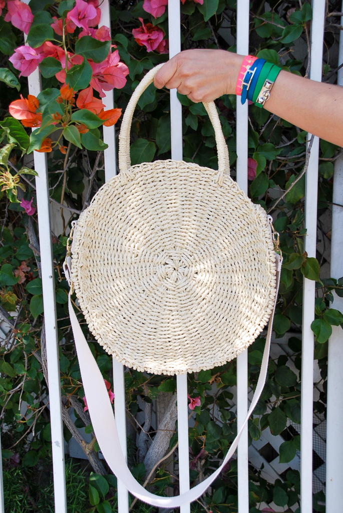 Circle straw bag with strap