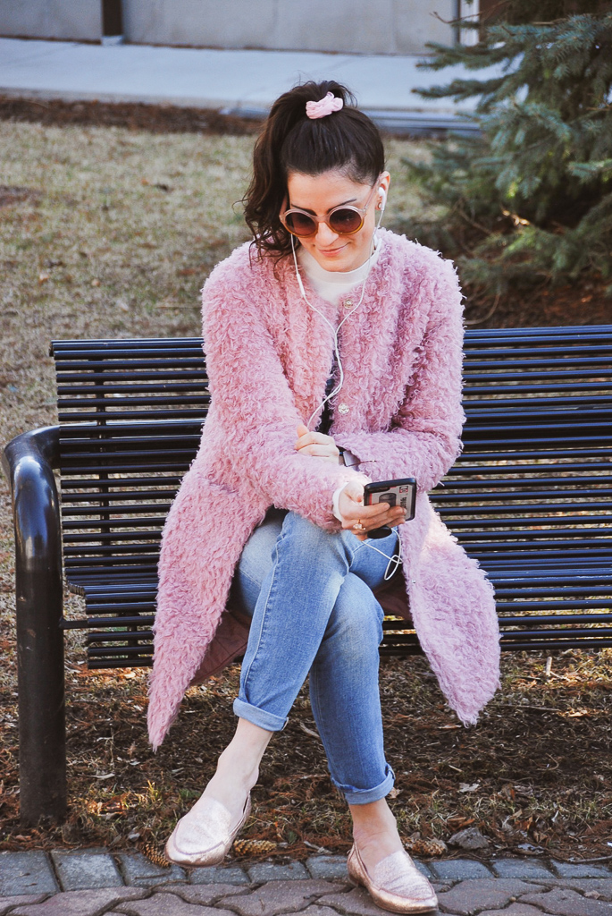pink teddy coat and pink scrunchie