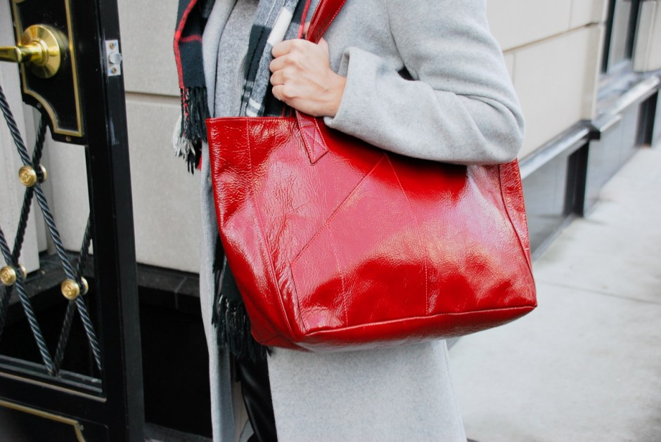 Holly and Tanager Red Crinkle Commuter