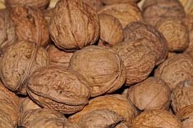 walnuts-612777__180