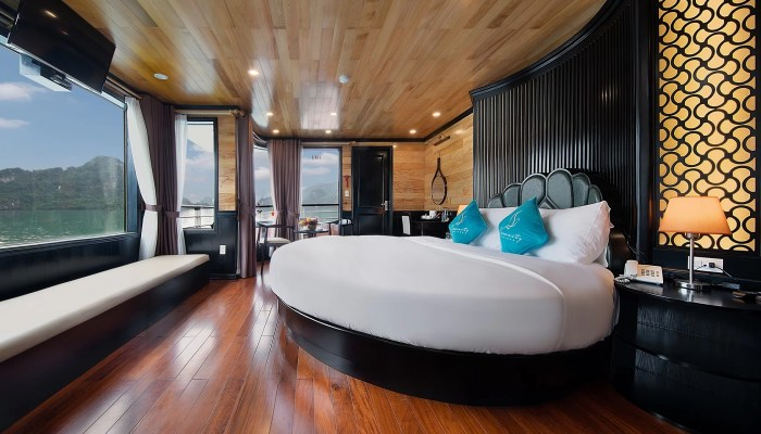 Moon Suite Cabin Halong Serenity Cruises