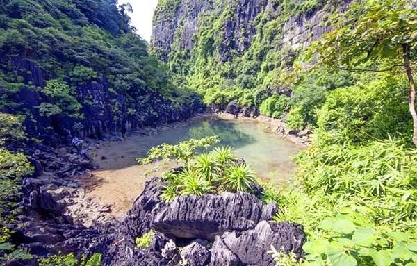 Hồ Động Tiên