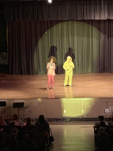 6th Grade Dance Performance 4