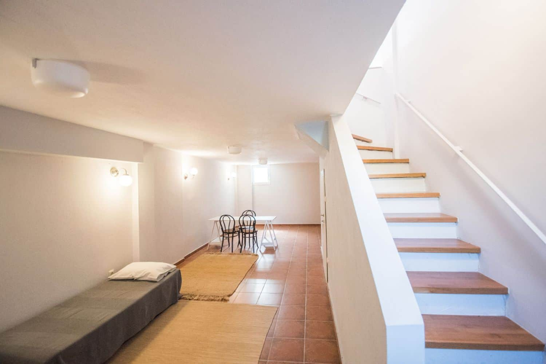 Underground Bedroom 3 with 1 single bed