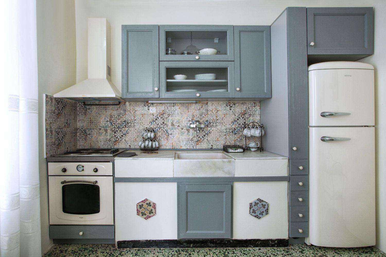 Ouziel kitchen