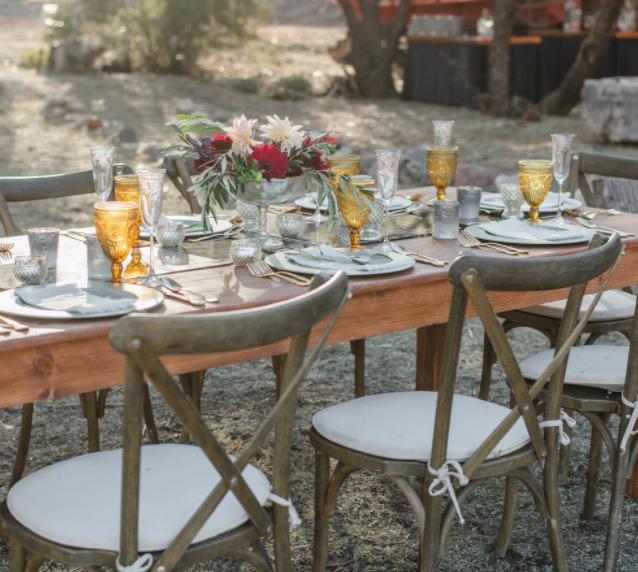 おすすめのガーデンアイテム。テーブル・チェア・パラソルなどコスパ、耐久性など厳選してご紹介!