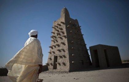 Quand les Maliens s'agacent des dons pour Notre Dame alors qu'ils n'ont rien donné pour sauver les mausolées et les Manuscrits de Tombouctou