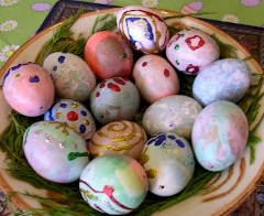 easter-eggs-1 (240x196)