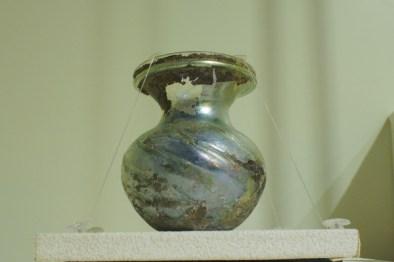銀化した小瓶