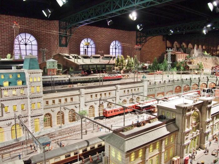 原鉄道模型博物館のジオラマ